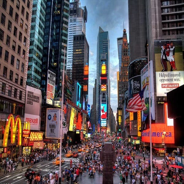 Times-Square-New-York-600x600